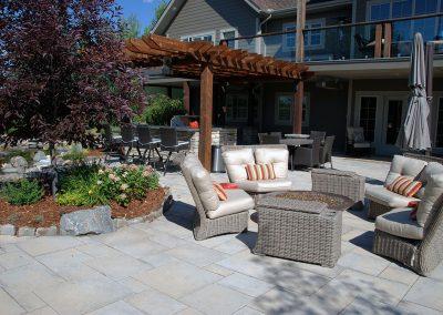 backyard-area-pergola