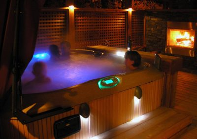 night-lighting-hot-tub-001