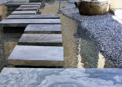water-feature-stones001